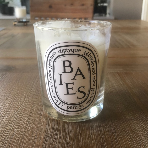 Baies 6.5oz Diptyque candle